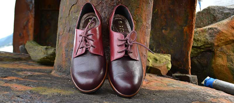 Men's styled oxfords add a bit o' spice to your fall wardrobe at Shoefly Alaska