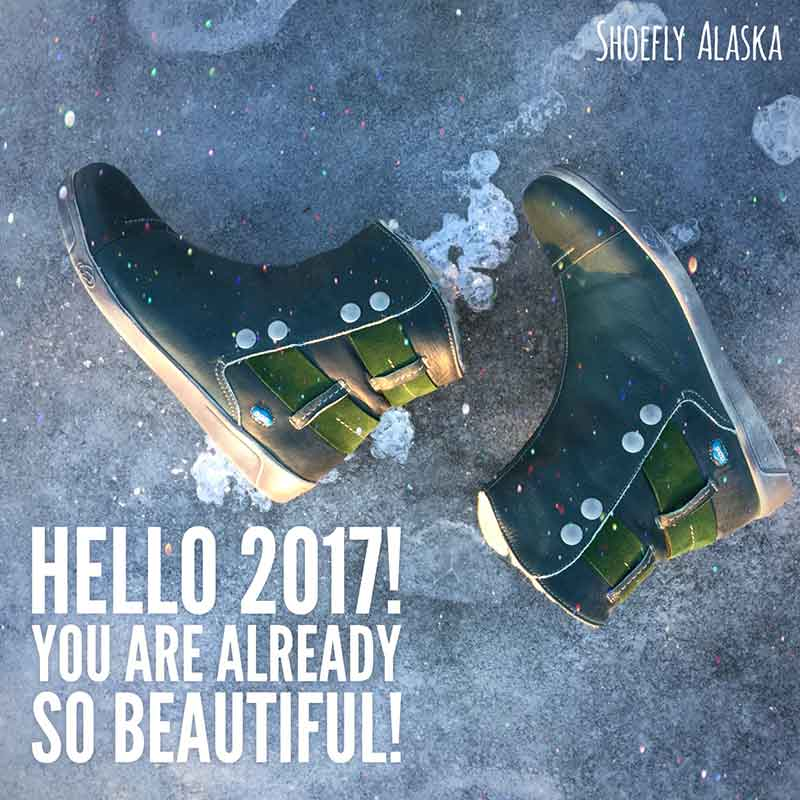 Hello 2017! You are already so beautiful in your green boots.
